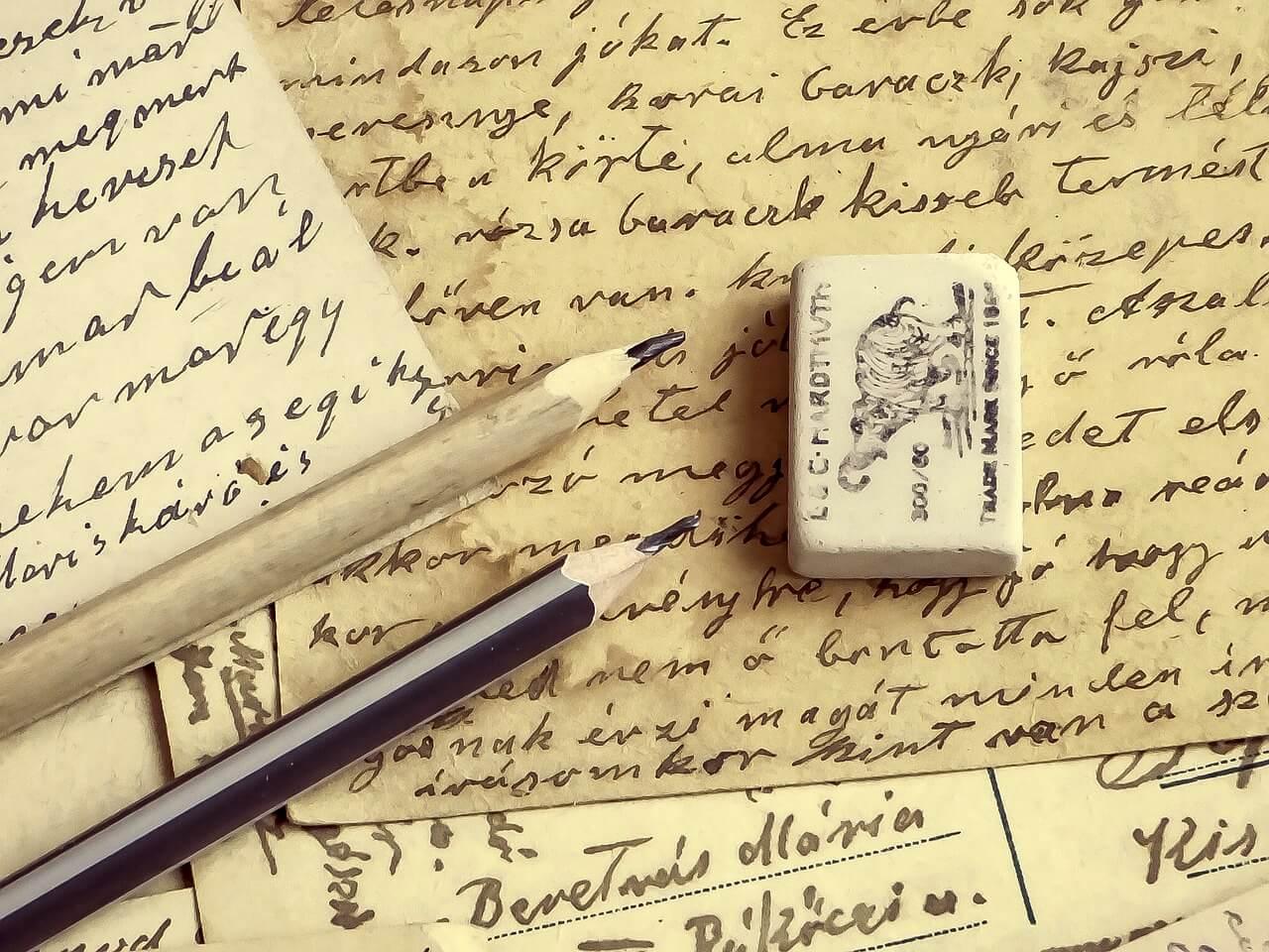 scrittura di articoli e poesie